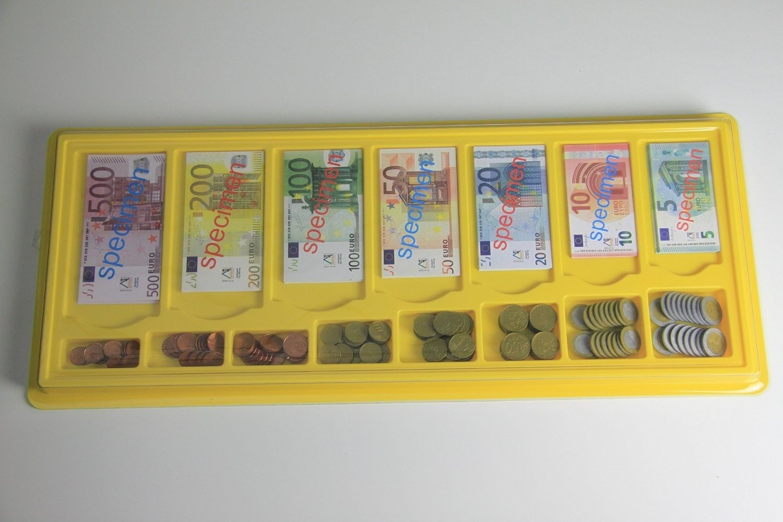 Wissner 080641.000 - Rechengeld in Aufbewahrungsbox, 130 Scheinen und 160 M�nzen